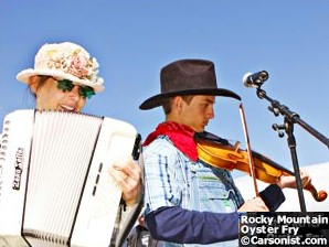 Minnie on accordion and Clay Leveskis on fiddle